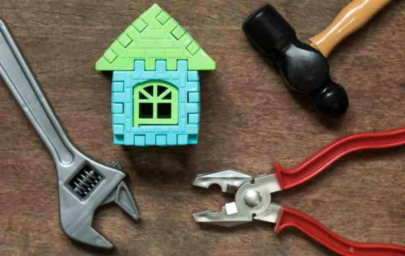 Should-you-do-your-own-property-maintenance